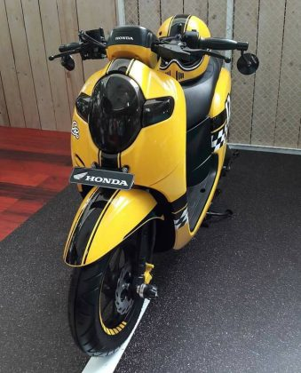 Modifikasi All New Scoopy ala Cafe Racer